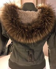 Women's Hollister Jacket Green Hooded With Faux Fur Trim And Fur Lined Medium