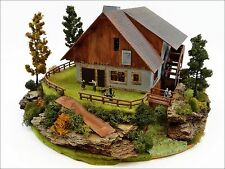 Klein Diorama Anlage Mühle Wassermühle Eigenbau aus Holz Karton Plastik H0 1:87