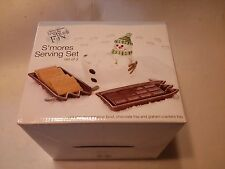 Boston Warehouse snow Much Fun S'mores Serving Set   NEW