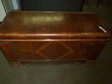 WALNUT VENEER 1940'S WATERFALL CEDAR CHEST Lot 189