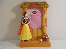 DISNEY STORE Figural SNOW WHITE Freestanding Photo Frame w/ Chipmunk Snowglobe