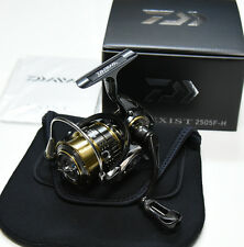 2015 NEW Daiwa EXIST 2505F-H Spinning Reel From Japan