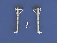 F6F Hellcat Landing Gear For 1/32nd Scale Trumpeter Model  SAC 32017