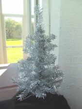 Silver Tinsel Table Top Christmas Tree!  24 IN!!  SHINY BRANCHES!  PLASTIC LEGS!