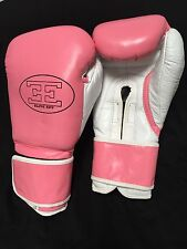 12oz Quality Leather Boxing Gloves Pink/White Strap Fasten Pads Boxercise Bags
