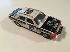 Bburago Original Mercedes-Benz 1977 London Sydney Rally Scale 1:24 Diecast Model
