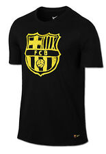Nike FC Barcelona Crest tee in 100% cotton - adult medium