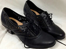 Earth Shoes 8 M Black Leather Heels Cut Out Detail Lace Up Oxfords Womens