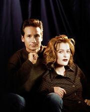 David Duchovny & Gillian Anderson (30441) 8x10 Photo