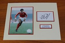 VIV ANDERSON IN NOTTINGHAM FOREST SHIRT HAND SIGNED PHOTO MOUNT + COA