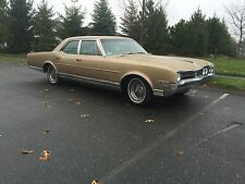 Oldsmobile : Eighty-Eight Delta 88