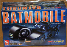 AMT #0935 1/25 scale 1989 BATMOBILE from the movie BATMAN plastic car model kit