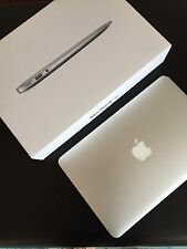 Apple MacBook Air (11,6 pollici), i5 4250u, 1.3ghz, 4gb di RAM, 128gb SSD molti accessori