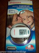 DIGITAL FOREHEAD THERMOMETR CLINICALLY ACCURATE 6 SECOND READOUT 3V COIN BATTERY