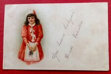 CPA. 1907 - Petite Fille. Robe Rouge. Tablier Blanc.