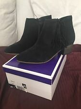 TRES BELLES BOTTINES FEMME / FILLE MARQUE ANDRÉ TAILLE 39 NEUF