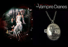 The Vampire Diaries Elena Gilbert Antique Silver Chain/Necklace & Locket/Pendant