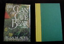 Jean Auel - CLAN OF THE CAVE BEAR - Later printing - Beauty