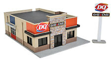 3485 Walthers Cornerstone Modern Dairy Queen Grill & Chill HO Scale