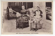 DENTELLIERES brodeuses fileuses anciens costumes bressans CPA 01 les fileuses