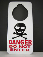 DO NOT DISTURB DOOR HANGER SIGN SKULL DANGER DO NOT ENTER