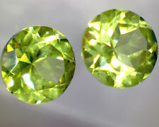 2 natural PERIDOT OLIVIN faceted round 0,98 cts pair EC - Saphirboutique GERMANY