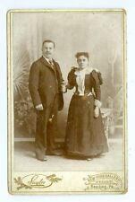 B0114~ Young Fashion Couple by Saylor Reading PA Cabinet Card