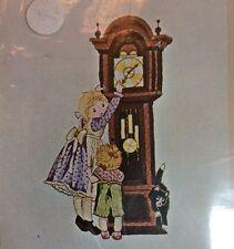 Bucilla Crewel Embroidery Kit 2171 Holly Hobbie Grandfather Clock Cat Vtg New
