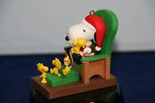 2011 HALLMARK KEEPSAKE ORNAMENT THE PEANUTS GANG SNOOPY CLAUS NIB