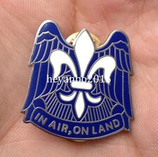 """US 82ND AIRBORNE DIVISION """"IN AIR ON LAND"""" METAL BADGE INSIGNIA HAT LAPEL PIN"""