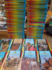 Lot de 81 livres Grand Galop / Bonnie Bryant  / éditions Bayard Jeunesse