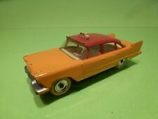 DINKY TOYS 265 PLYMOUTH PLAZA - TAXI - DARK YELLOW 1:43 - GOOD CONDITION