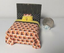 Dollhouse Miniature Halloween Witch Bed 1:24 Half scale 1/2  H151 Dollys Gallery