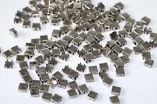 100x quadratische Ziernieten Nieten Krallennieten, 9x9 mm, Silber-Nickel, USA