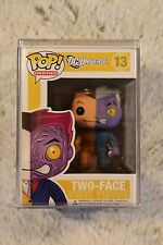 Funko Pop! DC Universe Two Face 13 w/ hard protector
