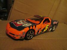 2003 CORVETTE C 5  CAR ertl #5  1/18 Scale kelloggs terry Labonte DUPONT LOOSE