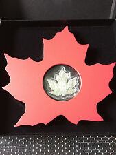 2015 $20 1 oz Fine Silver Coin - The Canadian Maple Leaf Shape Coin - CANADA