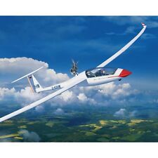 Revell 1/32 Glider Duo Discus/Engine Plastic Model Kit 03961 RVL03961
