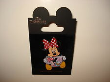 Disney Pin Trading Minnie Mouse holding picture of Daisy Duck Friend Snapshot