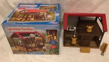 Sylvanian Families Highfields barn 4759 with working Winch in Original Box