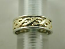 9 CARAT GOLD TWO COLOUR GOLD CELTIC STYLE WEDDING BAND RING SIZE L 1/2