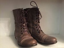 Steve Madden Women's Troopa lace-up brown grey leather boots size 8.5