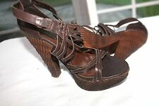 STEVE MADDEN SIZE 8 KINSEY BROWN LEATHER BASKET WEAVE PLASTIC PLATFORM SANDALS