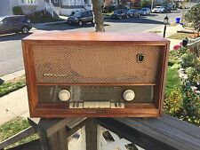 Vintage Grundig Majestic Tube Radio Model 2065 - for parts or restoration
