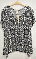 Women's 1X Plus Size Black Off White Floral Top Tee Blouse Short Sleeve LAVISH