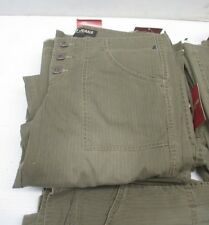 Authentic Guess Jeans, Size 28 - New & Free Shipping! MSRP $64.00!