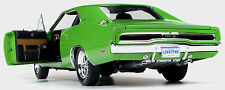 1970 Dodge Charger R/T SE Go Green 1:18 Auto World 1051