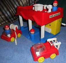 RARE Vintage Fisher Price Little People Clone Fire Station Playset Japan NR