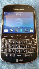 EXC Con(ANY SIM CARD Worldwide)BlackBerry Bold 9900 Black (Unlocked) Smartp