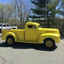 Ford: Other Pickups f100  f150